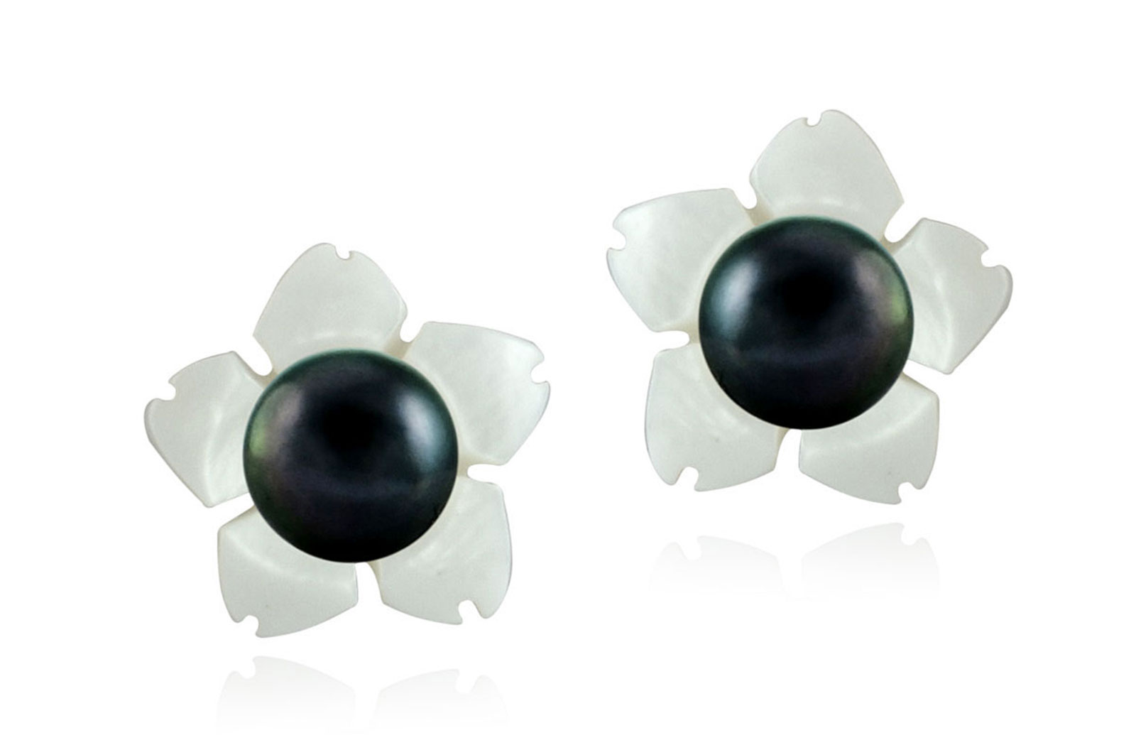 Vera Perla 18k Gold, 7mm Black Pearl Flower Shell Screw Back Earrings